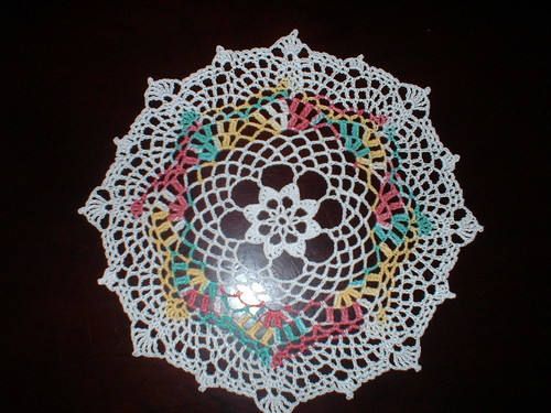 * Yall know by now how much I love doilies!  LOL