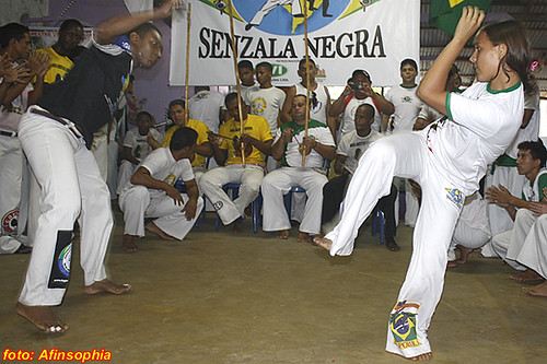 Capoeira Senzala Negra 15 por você.