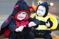 Claire the ladybug and Juliet the bee, at halloween 2009