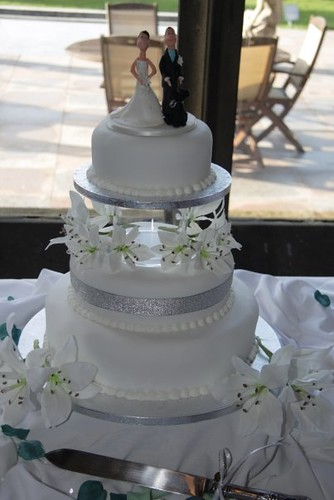 Cirencester Cupcakes - Sara & Adam's Wedding Cake