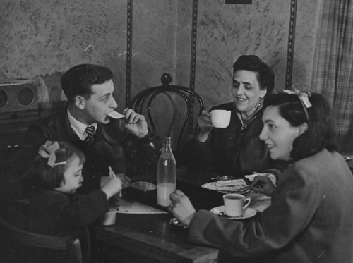 Social Survey in Stepney Family Group, 1946