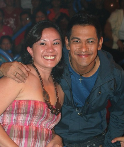 w/Gary V on stage @ Wowowee