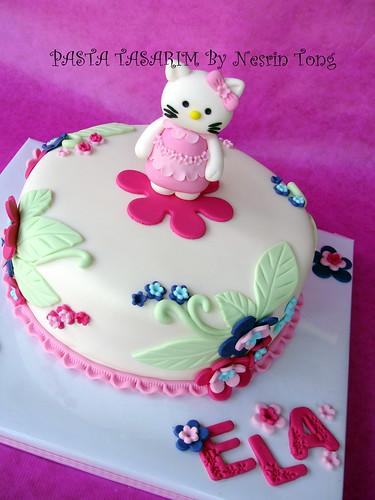 hello kıtty cake