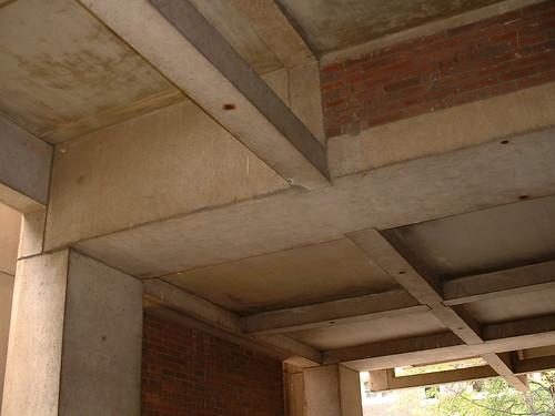 Detail of Entrance to Kahn's Richards Medical Center