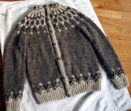 Sweater for Kjartan Orri
