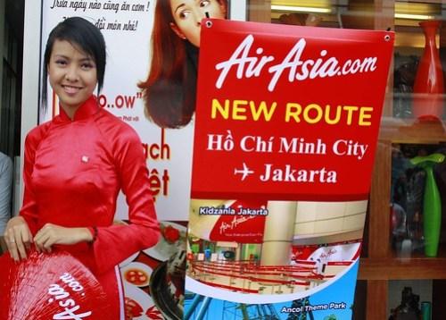 AirAsia celebrating the new route Jakarta - Ho Chi Minh