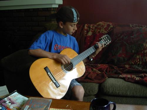 july 2009 jay haircut tee guitar 001