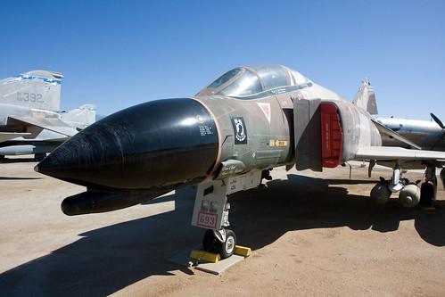 "F-4 ""Phantom"""