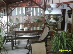 kursi-kursi di Gudeg Yu Nap