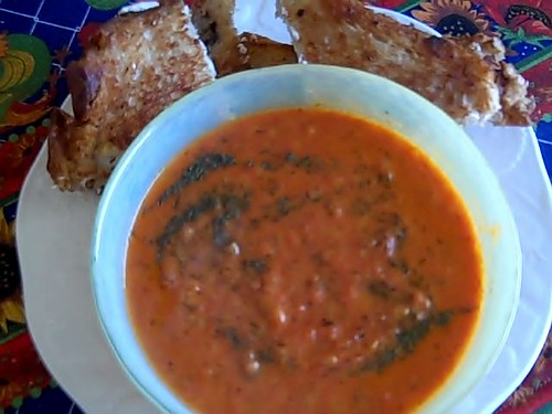 lycopene cream with grilled cheese sandwich