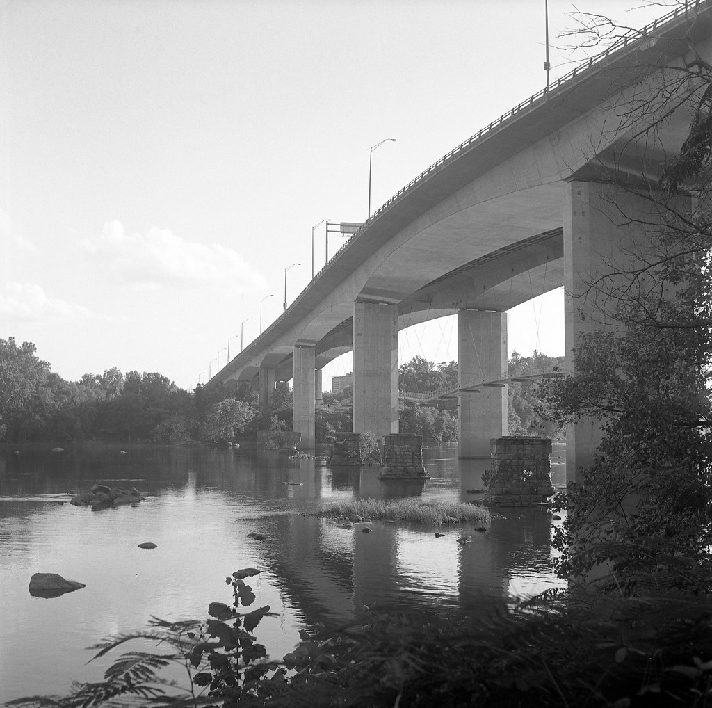 bridge over the james river