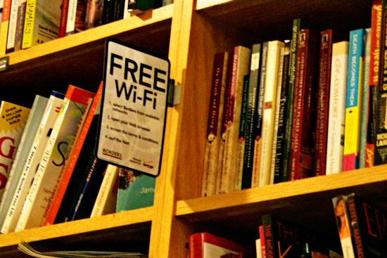 borders free wi-fi