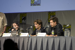 District 9 writers and Peter Jackson discuss t...