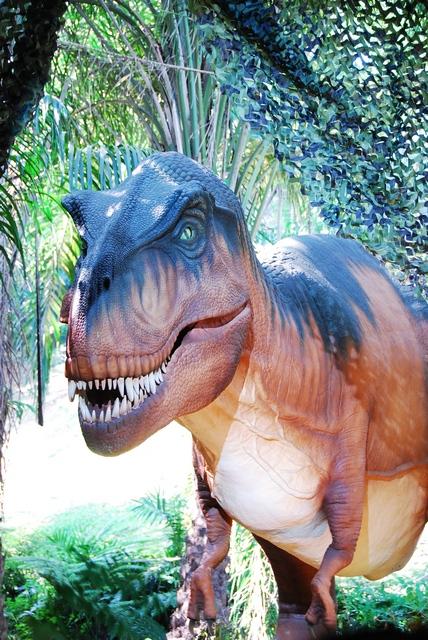 Hollywood Dinos