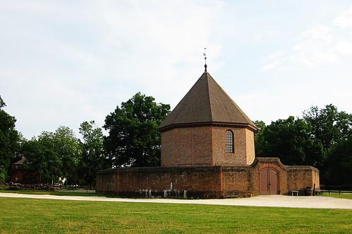 brick fort in williamsburg