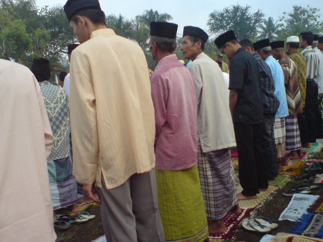 Shalat Ied di lapangan #grogol #indonesiabanget 09