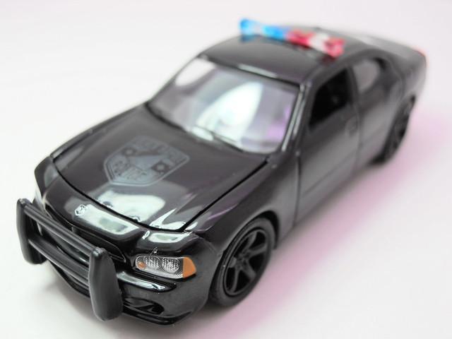 greenlight 2006 Dodge Charger black Bandit  (3)