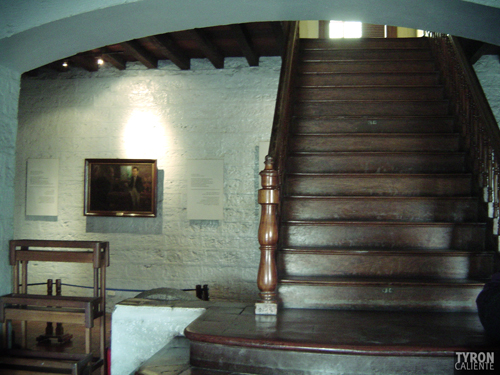 The staircase of contention