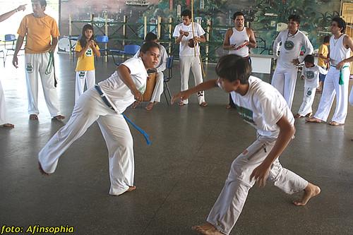 Capoeira Oxalá 16 por você.