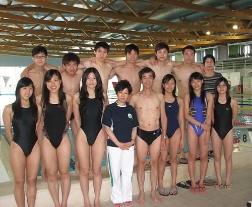 090723世錦賽團長麥志權與游泳隊在葡國