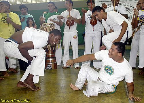 Capoeira Raízes 15 por você.