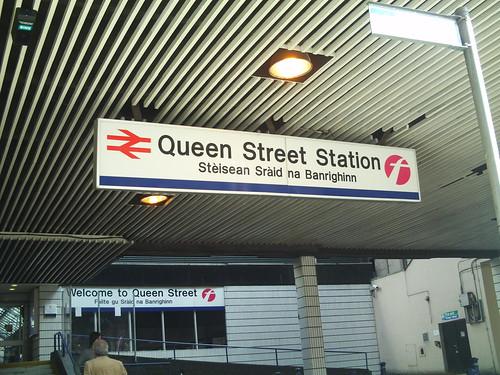 20090920 Glasgow 02 George Sq. 03 Glasgow Queen St Rail Station Entrance