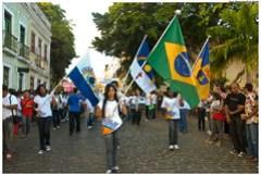 Alunos das escolas públicas e particulares de Olinda dão exemplo de cidadania e orgulho cívico durante desfile. Foto: Passarinho/Pref.Olinda