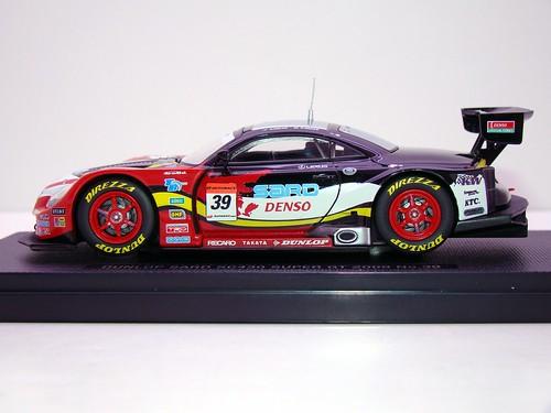 EBBRO DUNLOP SARD SC430 SUPER GT 2009 NO (3)