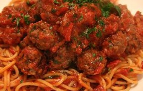 Pasta with Meatballs and Spicy Arabiatta