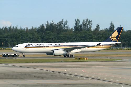Singapore Airlines A330-300(9V-STI)