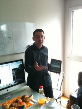 Andreas von Gunten stellt das iPad vor