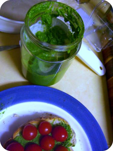 spinach & basil pesto