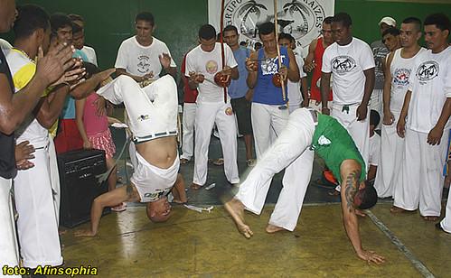 Capoeira Raízes 26 por você.