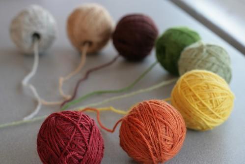 Yarn ballz, near focus