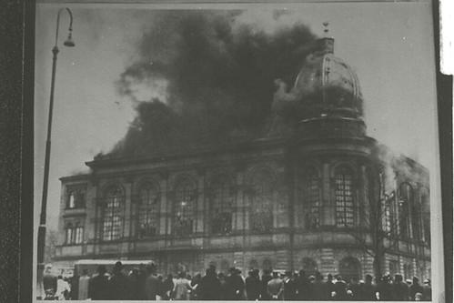 Frankfurt am Main Synagogue; Kristallnacht