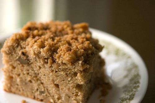 apple spice coffee cake (by bookgrl)
