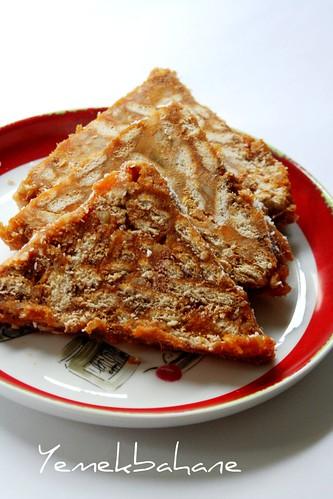 balkabaklı piramit pasta