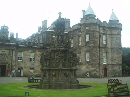 20090918 Edinburgh 11 Palace of Holyrood House & Holyrood Abbey 02