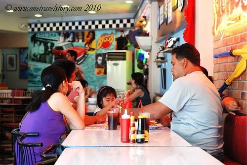 Bigg's Diner Pili: A Family Affair