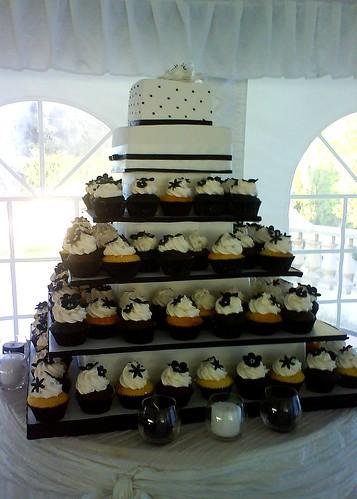 4066783835 1d96a43321 Baú de ideias: Decoração de casamento preto e branco