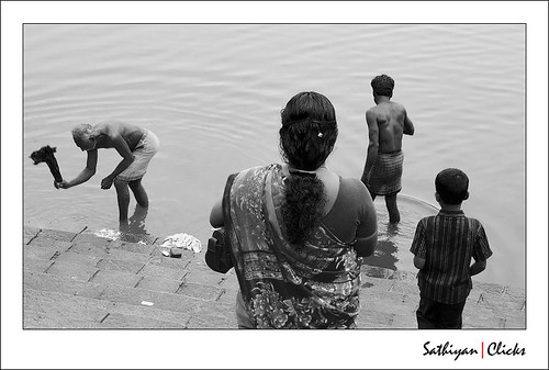 * (by எஸ்.சத்தியன் | Sathiyan)
