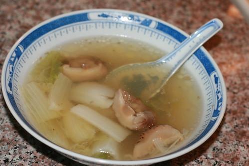 花菇黄芽白煲湯