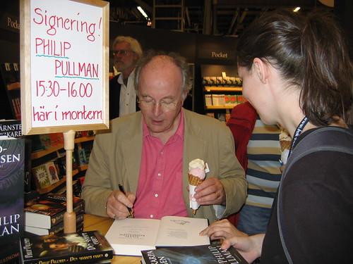Philip Pullman (and ice cream) signs