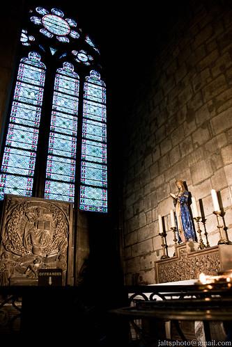 Notre Dame Interior 2