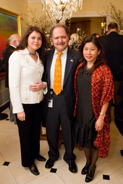 Anna Sanchez, Carlos Felix (Consul General of Mexico), Sonia Felix