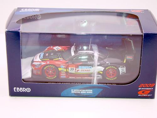 EBBRO DUNLOP SARD SC430 SUPER GT 2009 NO (1)