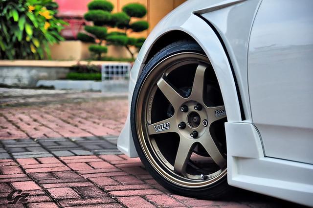 White Celica TE37