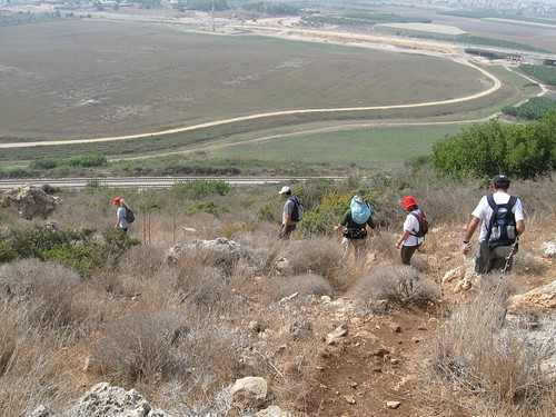 Hiking down Hotem Hacarmel