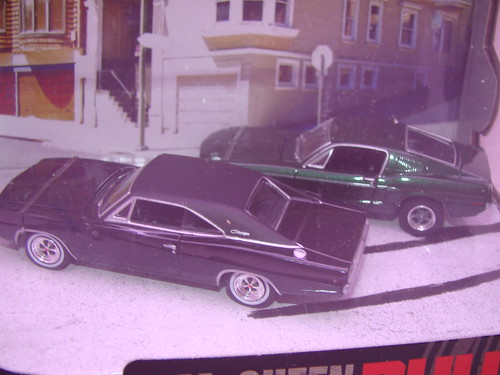 greenlight Steve mcQueen bullitt diorama (1)