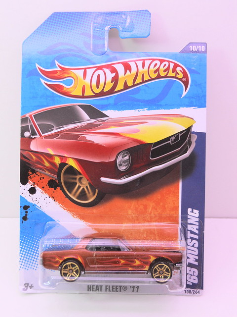 hot wheels '65 ford mustang flames (1)